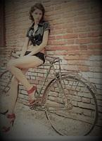 Girl | Vanessa S | 20-Plus